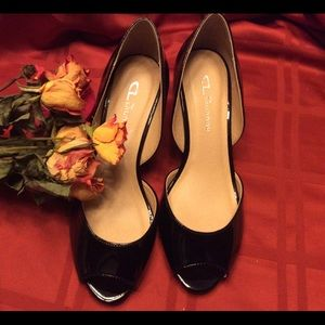 🌹EUC Black patent leather wedges 🌹